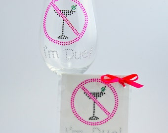 Pregnancy Announcement Reveal Sticker -- I'm Due Decal for Wine Glass