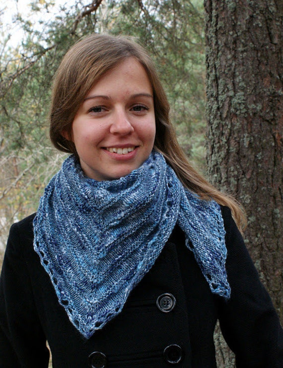 Triangular Shawl Cornflower Blue Lambswool Cotton Hand Knit in Estonia