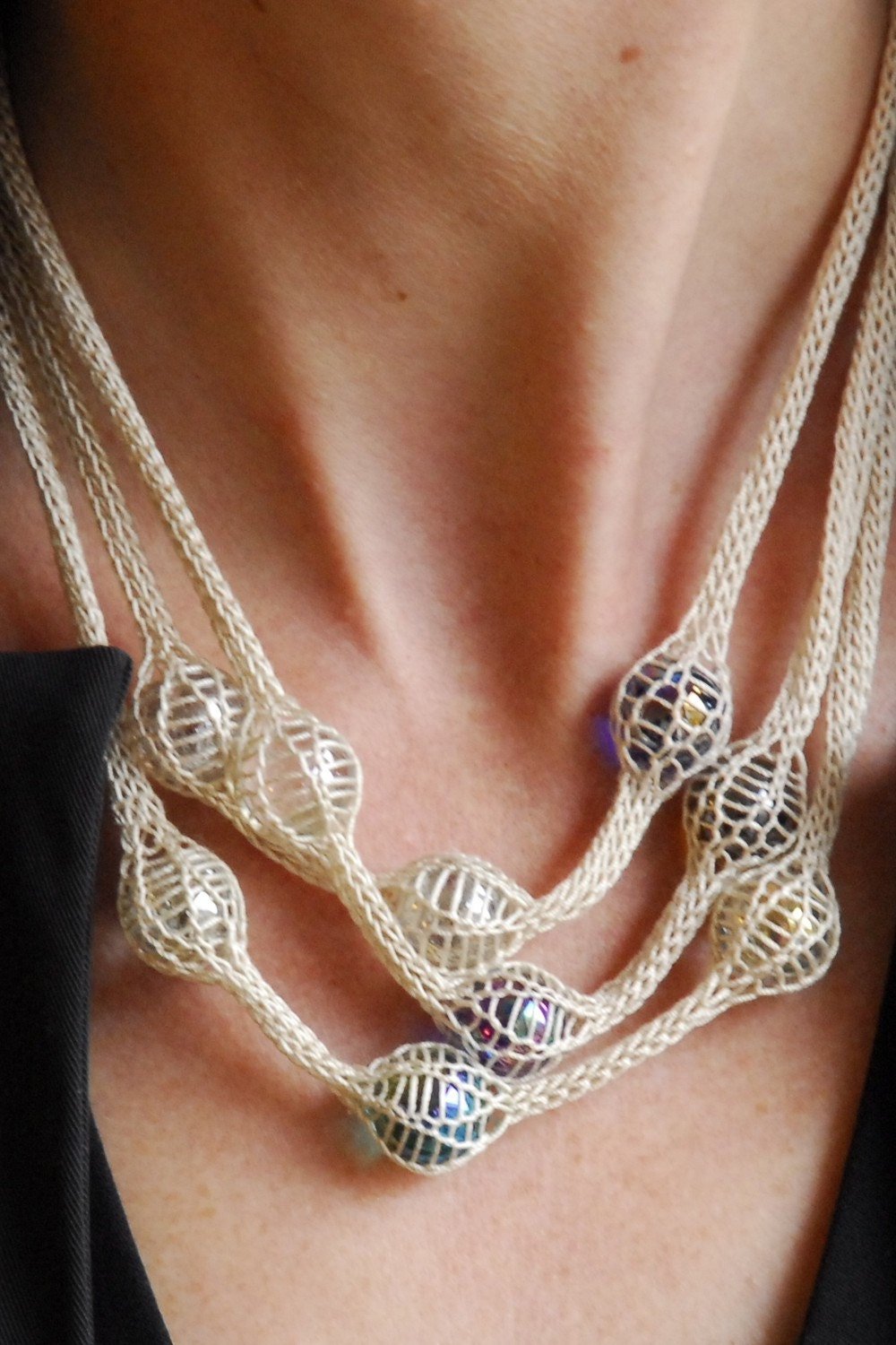 French Knitting Jewellery Tutorials : Etsy knitted necklace with marbles caught in a knitting