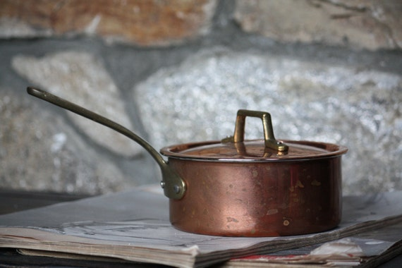 Vintage Copper Pot with Brass Lid and Handle, Small Rustic Country Farmhouse Cottage Home Decor Kitchen Display Collectible Gift for Mom