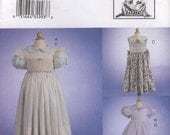Vogue 7593 Teresa Layman Smocked Dress and Pinafore Size 2-4 (Robe et Tablier - Enfant)