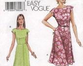 Very Easy Vogue V7871 Dress and Belt Size 6-10 (Tres Facile Robe et Ceinture)  (muy facil vestido y cinturon)