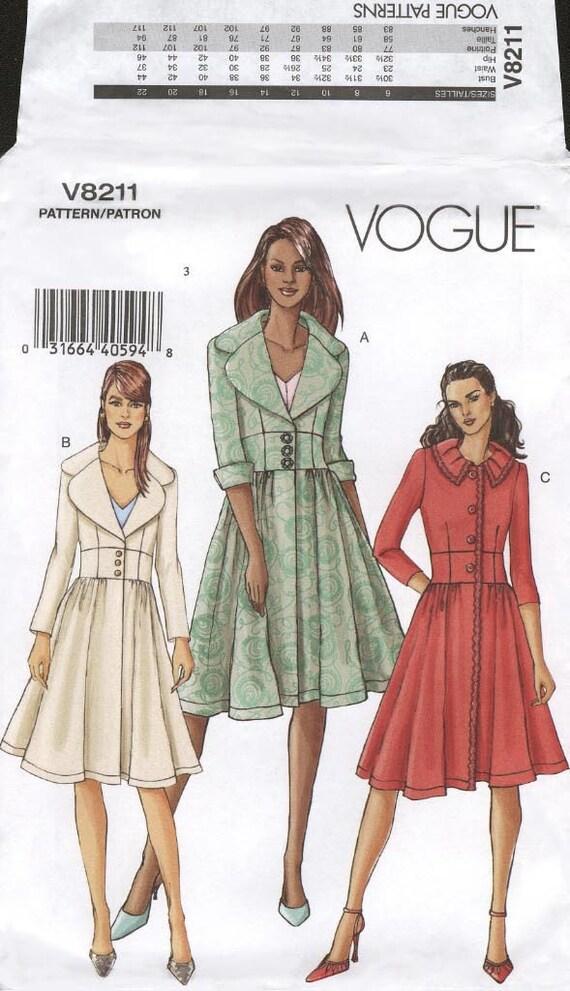 Vogue V8211 Fitted Coat Size FW 18-22 (Manteau) (Abrigo)