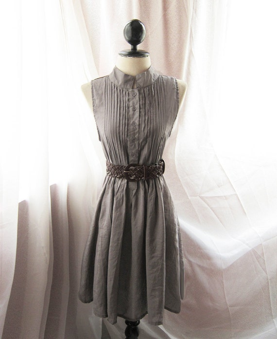 Mad Men Classy Dusty Rainy Taupe Gray Scandinavia 1950 Era Vintage Inspired Sophisticated Mademoiselle Flair Shirt Dress