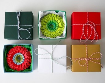 Flower Gift Wrap for the Holidays - for ONE Paper Flower Ornament or Magnet