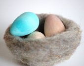 Natural Wood and Felt Toy- Natures Nest- Waldorf - Nature Table- Spring- Easter