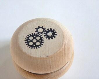 Wooden -Waldorf- Kids -Toy-Natural Wood Toy - GEARS- Classic Yo-yo