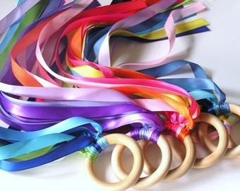 10 Wooden Hand Kites DISCOUNTED Party Pack - KIDS Birthday Party Favor-Wood Ring Streamer Toy Waldorf Party Supplies Birthday party