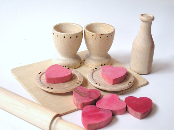 Waldorf -Natural Wood- Pretend Play Food - VALENTINES Hearts n Cookies Set