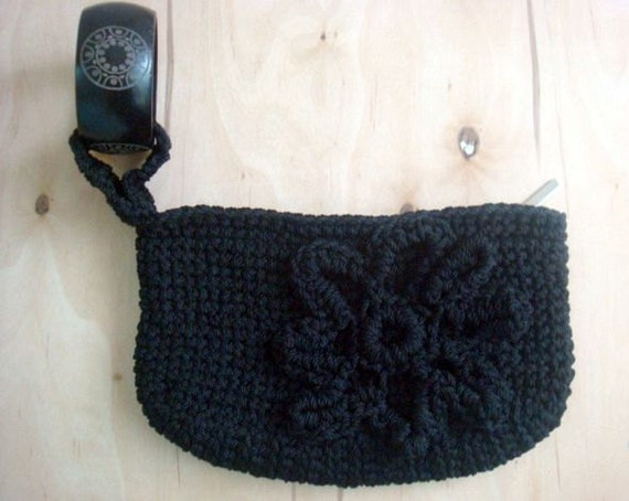 PDF Crochet PATTERN Wristlet Clutch Bag Wooden Bracelet Purse 33