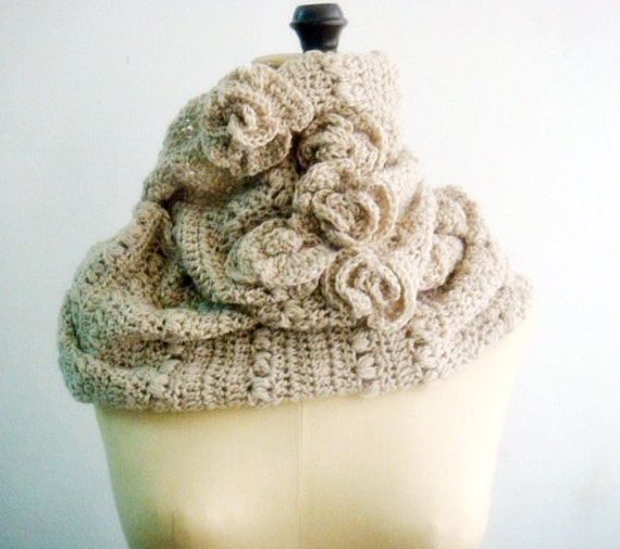 CROCHET Pattern Cowl, Infinity Loop Circle Scarf Crochet Pattern, Beige Neutral Rustic with Roses, 8