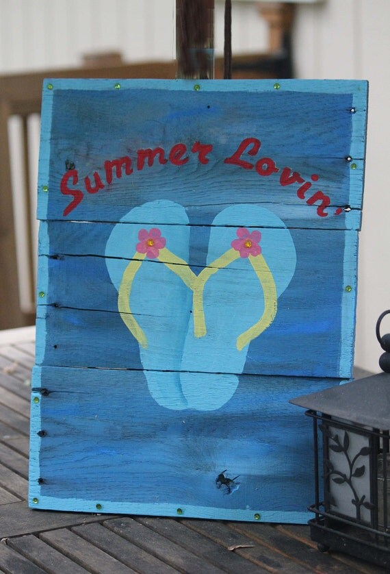 Items similar to outdoor wooden sign summer lovin for Outdoor yard decorations for summer