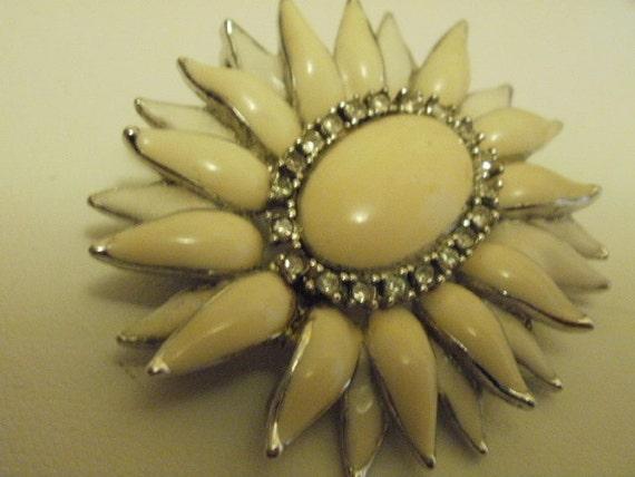 Vintage flower brooch/ pendant, creamy enamel, faceted crystals, designer, 1950s