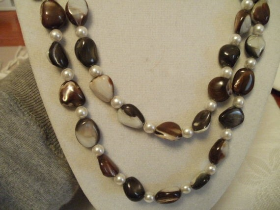 Vintage necklace, MOP and pearls, chunky, heavy, shell, 54 inches long
