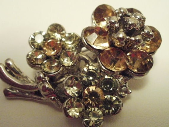 Vintage brooch, clear and champagne crystal brooch, retro jewelry, flower brooch