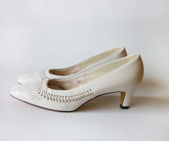 1960s White Woven Heels Size 7 8 Miss Wonderful