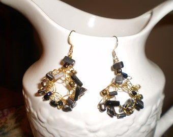 Unique Elegant Dangle Earrings in Black and Gold.