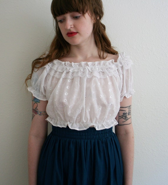 Romantic Floral Eyelet Embroidered Ruffle Crop Top