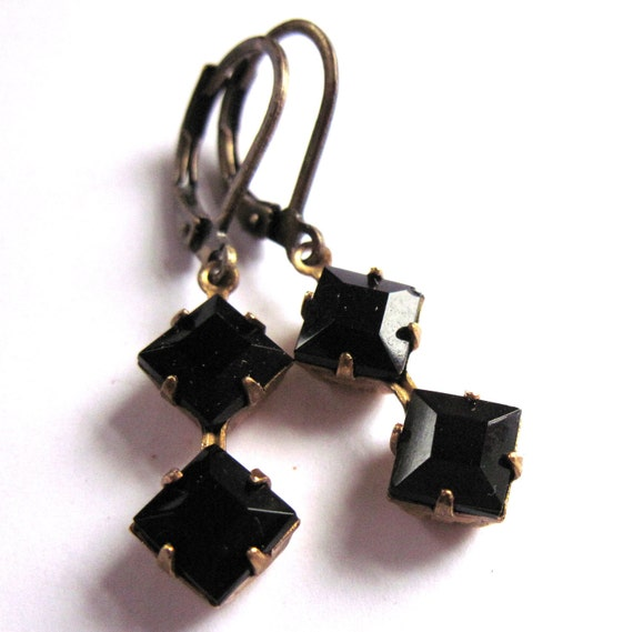 Black Earrings Vintage Style Glass Fashion Jewelry