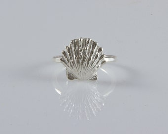 Fit for a Mermaid Sunrise Shell Ring