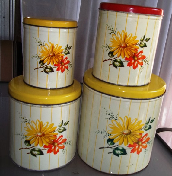 Vintage Decoware Tin Canister Set