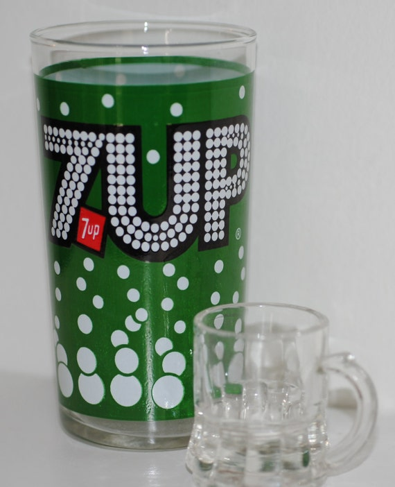Vintage Seven up Drinking Glass with Bubbles
