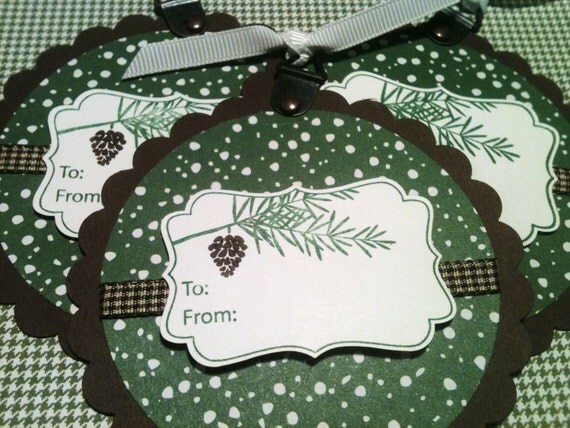 Pinecone Christmas Gift Tags in a Gift Bag