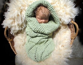 Organic Baby Cocoon in Celadon Green, The Baby Helix