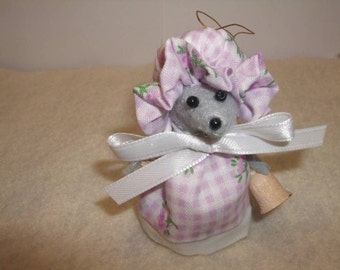 Free Shipping ) Lily is a handmade  gray felt Mice Ornament Great for animal lover or mice collector By Country Mouse Inn (140 )