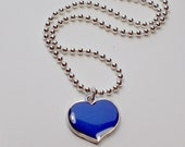 MOOD Necklace Heart with Color Changes, HOT Item this Christmas, Like Sixties Retro Mood Rings, Great Gift for Teens