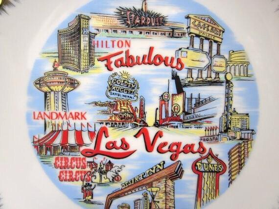 Las Vegas Souvenir Plate Vintage Casino Images Kitsch Decor Travel Tourist Collectible