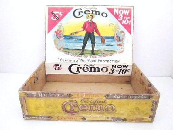 Vintage Cremo Cigar Box