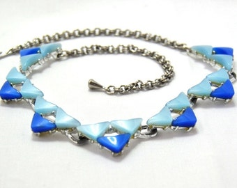 Vintage Necklace Blue Thermoset 1960s Costume Jewelry