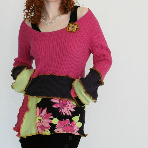 sUmMeR dAiSy -OOAK  tunic - Large/XLarge - Made with recycled sweaters
