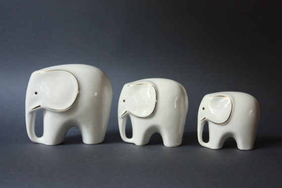 Mid-Century Modern Set of 3 Porcelain Elephants Figurines