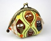 Coin Purse - Meow. Cats and Yarn Cotton Fabric with Metal Frame (Light Green)