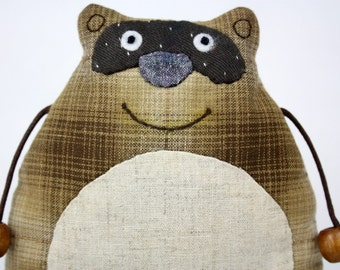 Smiling Raccoon with Long Tail Cotton Fabric Zipper Purse (Patchwork)