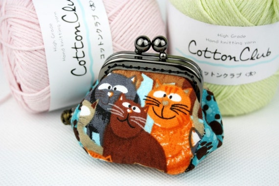 Coin Purse - Cats and Yarn (Cotton Fabric with Metal Frame) Meow.