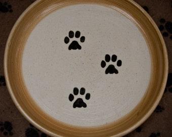 Paw Print Plate in Tan