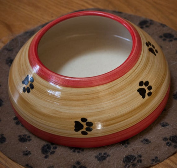 Red & Tan Ear Bowl with Paws (Large)