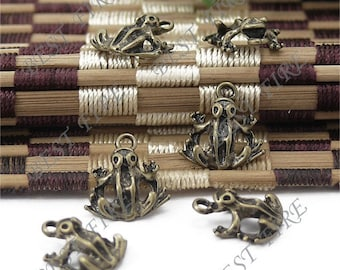 5 pcs of Antique Bronze Brass Solid lovely frog Pendant 14x15mm