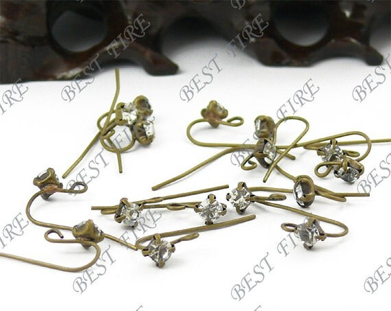 20pcs of  Antiqued brass A grade azorite  fish Hook Earwire