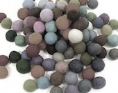 You choose the colors 100 count 20mm Felted balls by YUMMI