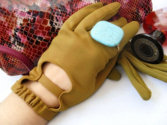 Vintage Gloves Fabric Martini Olive Green 1950 -1960s