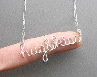 Hug&kiss necklace