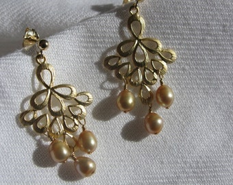 Gold chandelier earrings with gold pearls