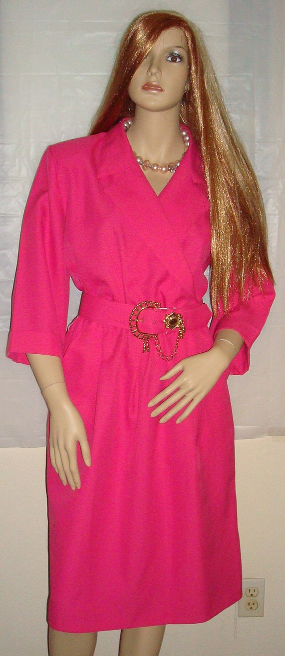 Vtg 80s Fuchsia Secretary Wiggle Dress w/Ornate Chain Belt - Sz. 14