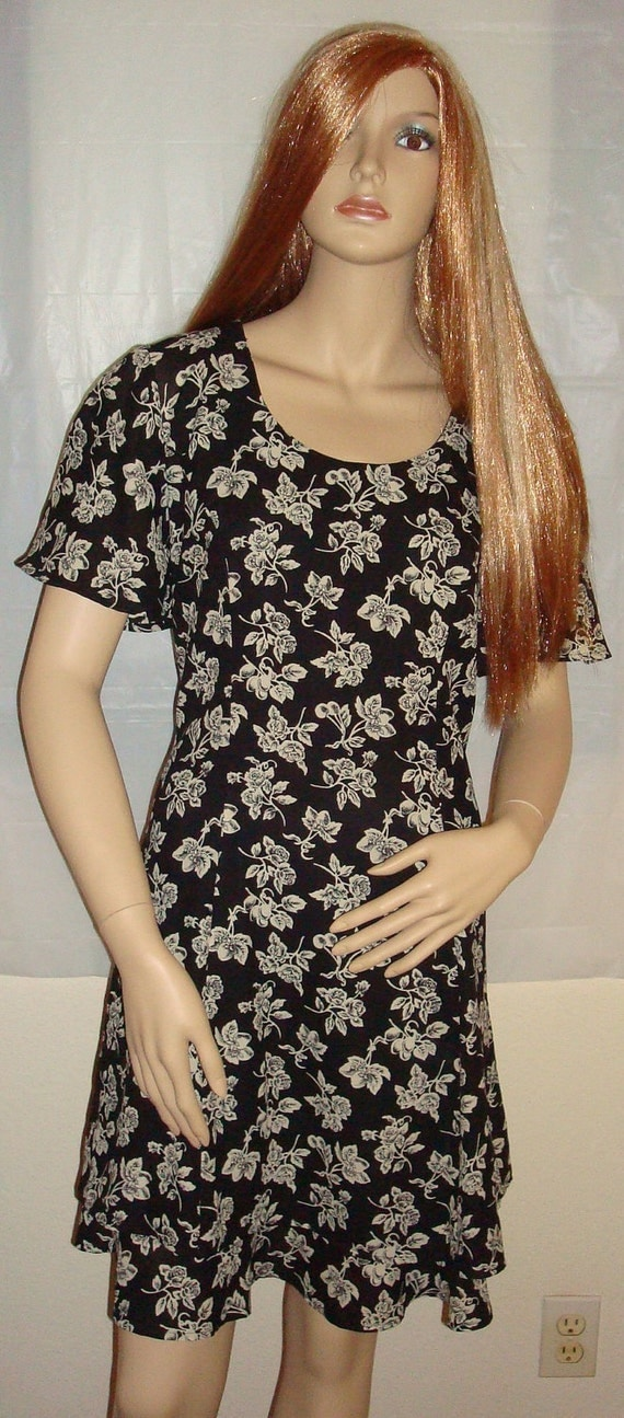 Vtg 90s Grunge Black/Cream Floral Romper Dress - Sz 8