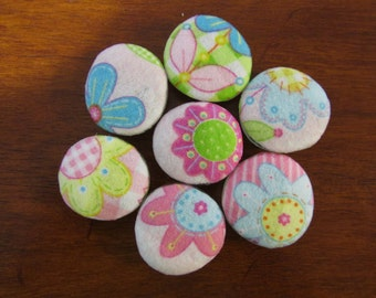 PRETTY in PINK SPRINGTIME Flowers Fabric Covered Glass Magnets