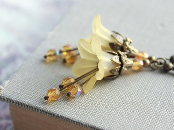 Golden Yellow Earrings, Citrine, Honey Gold, Flower Earrings, Lucite Flower Earrings, Dangle Earrings, Long, Vintage Style, Floral Drop